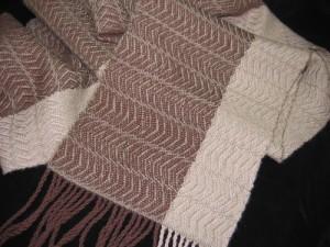 Undulating twill scarf