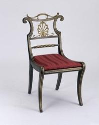 Trafalgar chair ca. 1810 © Victoria and Albert Museum, London