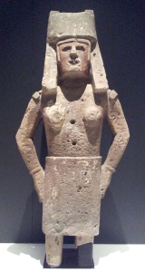 Noblewoman sculpture Matlatzinca Dacite-andesite, pigment In exhibition at Australian Museum