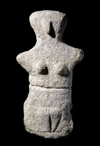 Limestone female figure. 4500BC-3200BC 1886,0310.1 © The Trustees of the British Museum